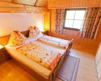 ferienhaus-gerlitze-schlafzimmer